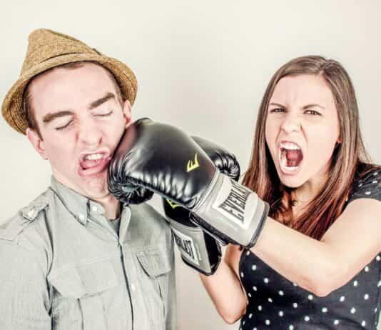 peleas entre padres ninos